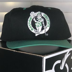 Vintage Boston Celtics SnapBack